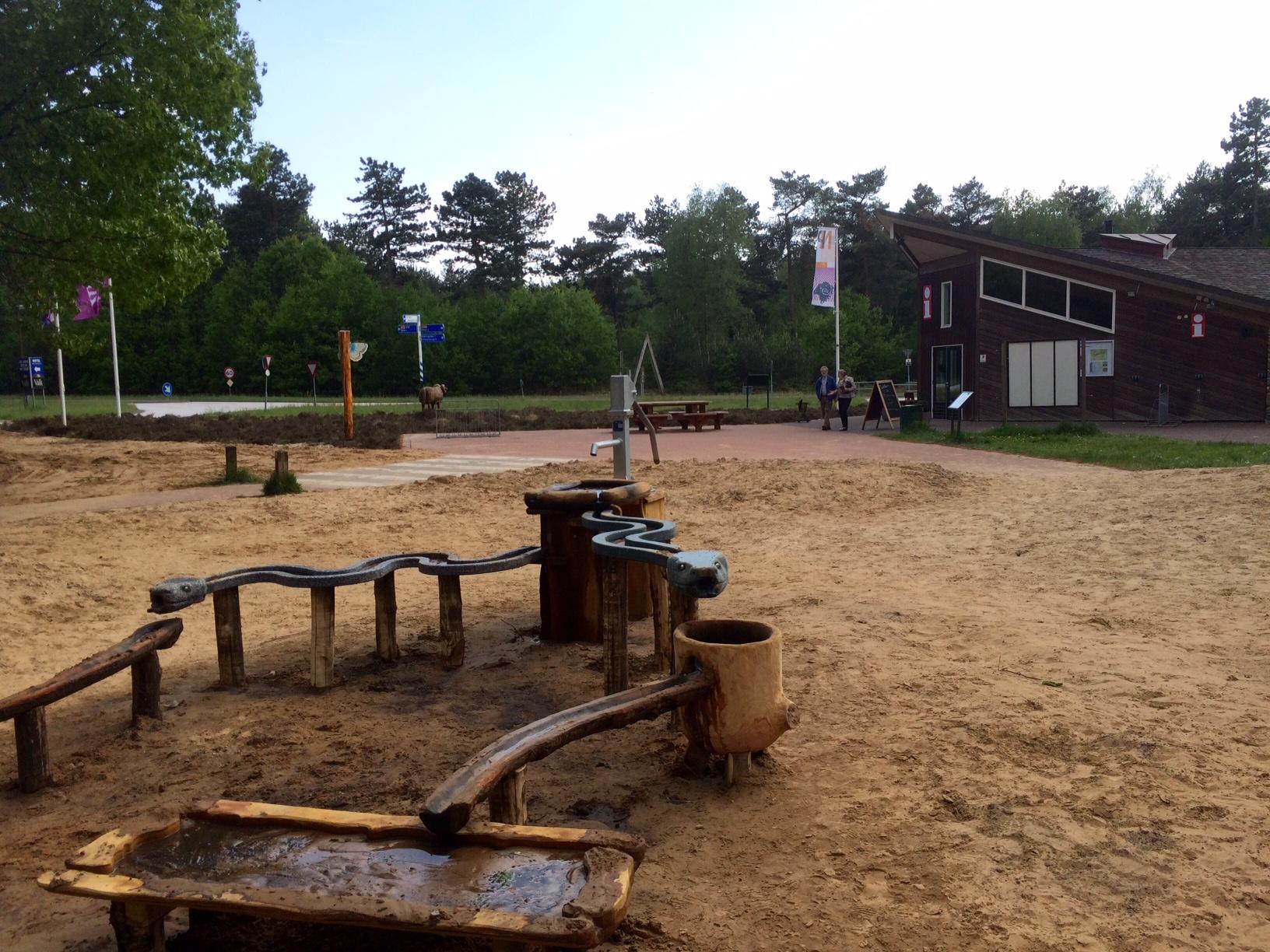 De nieuwe waterspeelplaats bij Natuurpoort Spier.