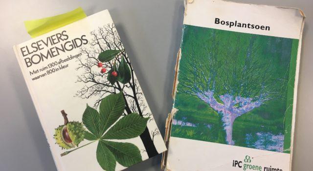 De Elseviers bomengids en het Boek Bosplantsoen van IPC groene ruimte