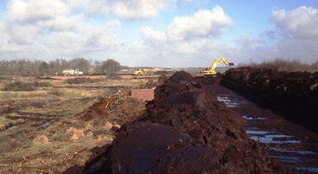 Werkzaamheden in 2004 bij de centrale slenk