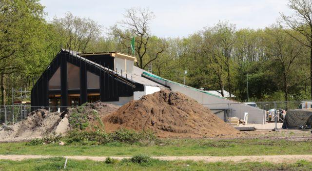 Nieuwbouw beheerkantoor Staatsbosbeheer nabij Noordsche Veld