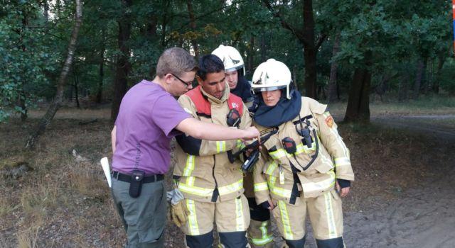 Gerben in overleg met de brandweer
