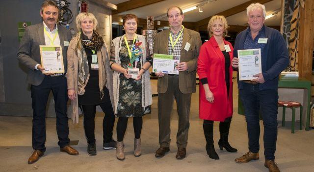 Foto van de genomineerden en winnaar van vorig jaar
