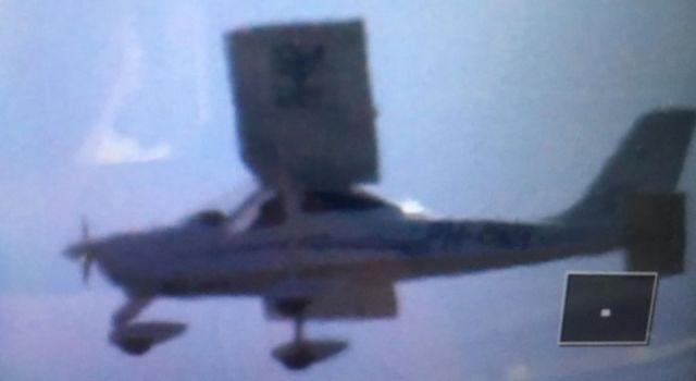 vliegtuig boven Rottumerplaat