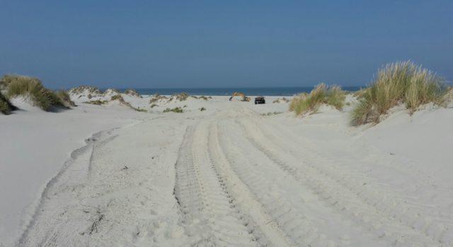 Voor d enieuwe overgang hoeft weinig gegraven te worden door gebruik te maken van natuurlijke laagte.