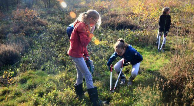 Tijdens de Natuurwerkdag zijn kinderen ook welkom