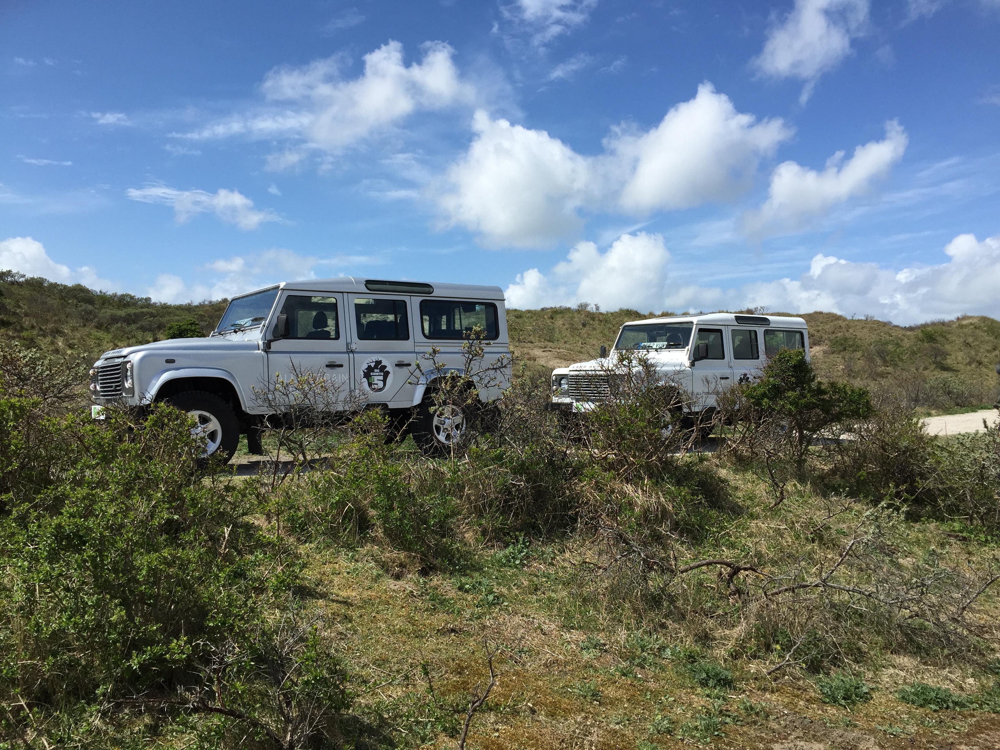 Met elektrische Land Rover Defenders op zoek naar De Grote Vijf; het ree